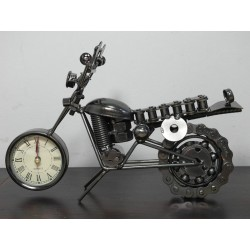 MOTOCYKL Z ZEGAREM 25 CM